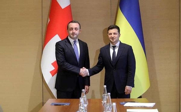 Владимир Зеленский поблагодарил Ираклия Гарибашвили за участие в саммите Крымской платформы и поддержку территориальной целостности Украины