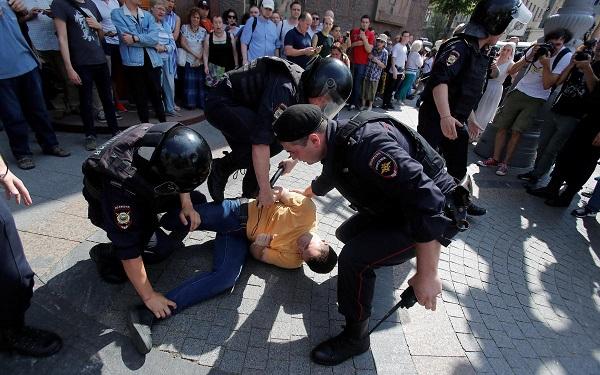 Протесты и задержания в Москве