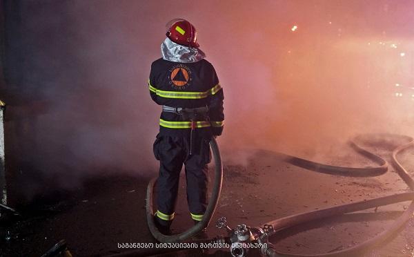 Пожар на рынке Элиава локализован