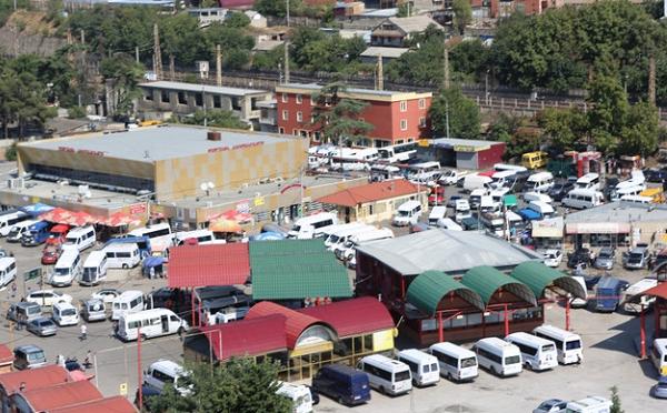 В Грузии запрещаются междугородние пассажирские перевозки