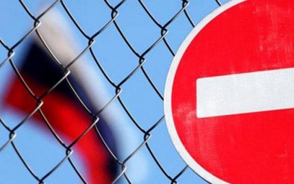 Русских дипломатов и по совместительству шпионов опять выгоняют