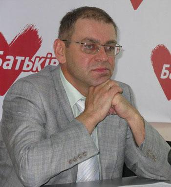 Сергей Пашинский: Власти Украины до дрожи в коленях боятся Юлию Тимошенко