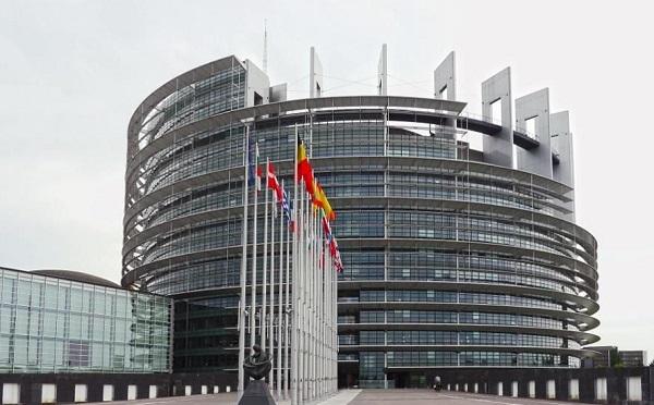 Европарламент принял резолюцию об отношениях России и ЕС, в которой также говорится о незаконных действиях России в отношении Грузии