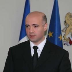 Министр финансов: Грузия встретит 2012 год с расправленными плечами