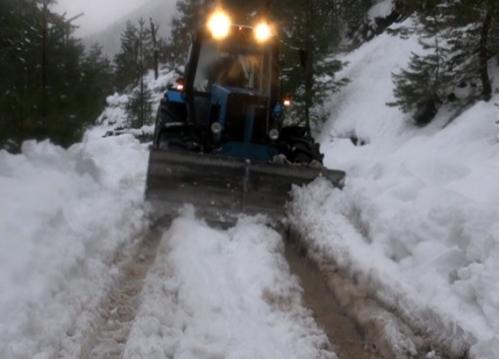 Снежный покров превысил 2 метра в высокогорье Грузии